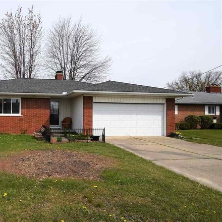 Rent this 3 bed apartment on Colony Dr in Algonac, MI