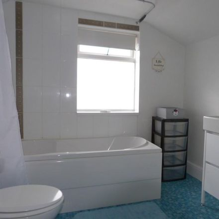 Rent this 1 bed room on Madleaze Industrial Estate in Robinhood Street, Gloucester GL1 5PW