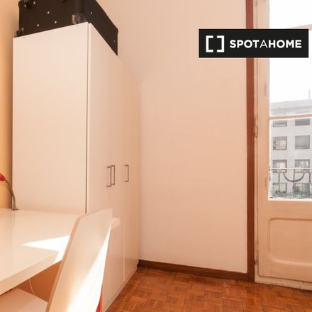 Rent this 5 bed apartment on Carrer de Calàbria in Project Area Sant Antoni, 127