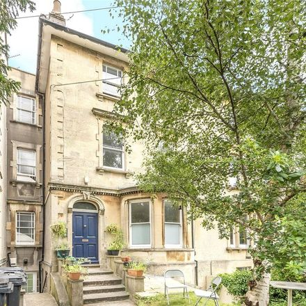 Rent this 3 bed apartment on 54 Fremantle Road in Bristol, BS6 5SU