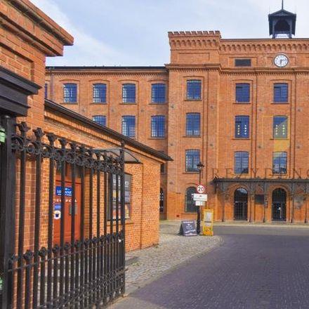 Rent this 1 bed apartment on U Szwajcara in Wincentego Tymienieckiego 24, 90-338 Łódź