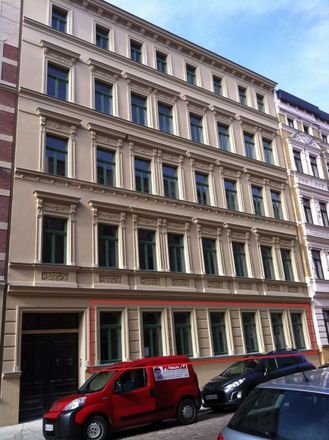 Rent this 3 bed apartment on Schillerstraße 27 in 06114 Halle (Saale), Germany