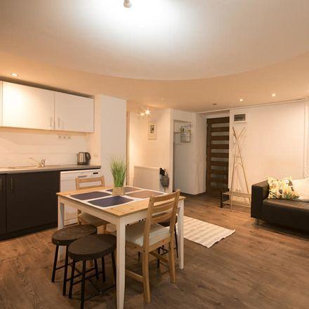 Rent this 4 bed apartment on Budapest in Székely Bertalan u., Ungarn