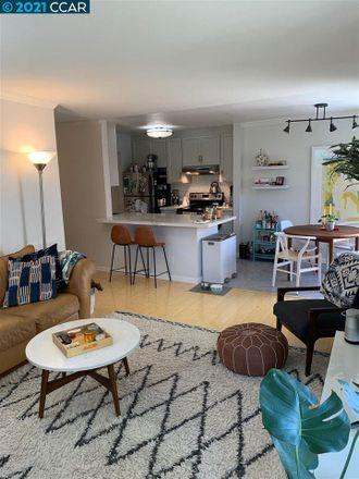 Rent this 2 bed condo on 62;66 Fairmount Avenue in Oakland, CA 94612