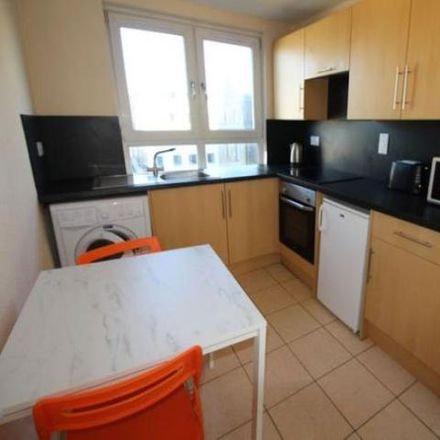 Rent this 1 bed apartment on Co-operative Bank in 196 George Street, Aberdeen AB25 1BS