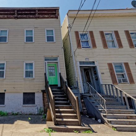 Rent this 6 bed duplex on Washington Avenue in Albany, NY 12203