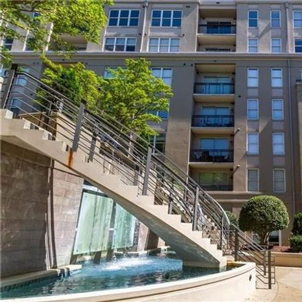 Rent this 2 bed condo on 1315 East Boulevard in Charlotte, NC 28203