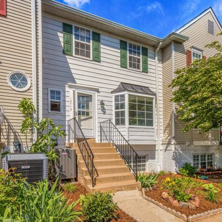 Rent this 3 bed condo on 13773 Flowing Brook Court in Chantilly, VA 20151