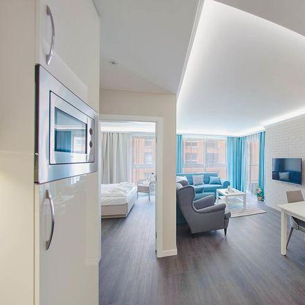 Rent this 2 bed apartment on Toruńska 15 in 80-747 Gdańsk, Polska
