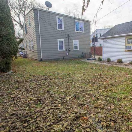 Rent this 5 bed house on Gaukler St in Saint Clair Shores, MI
