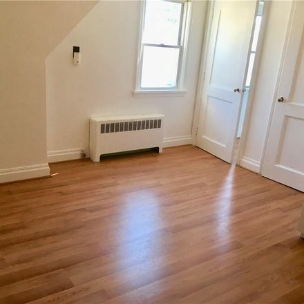 Rent this 1 bed apartment on 8 Columbia Avenue in Middletown, NY 10940