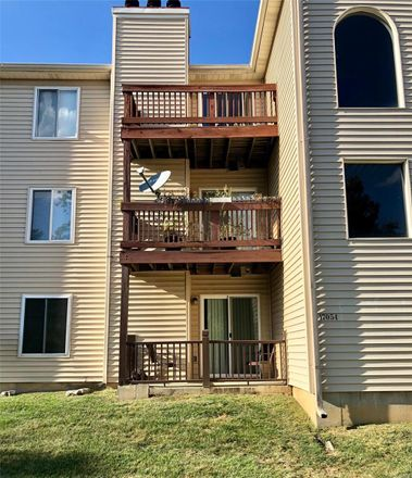 Rent this 2 bed condo on Sandalwood Creek Dr in Glencoe, MO