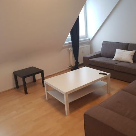 Rent this 3 bed apartment on Benrather Straße 1 in 40213 Dusseldorf, Germany