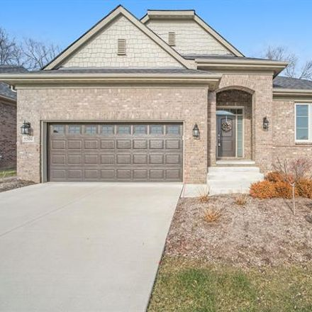 Rent this 3 bed house on Woodvale Dr in Walled Lake, MI