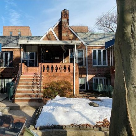 Rent this 3 bed townhouse on 2445 East 19th Street in New York, NY 11235