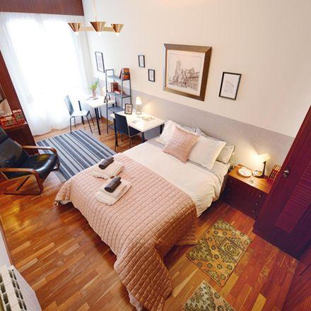 Rent this 4 bed room on Latorre jeneralaren plaza / Plaza General Latorre in 1, 48012 Bilbao