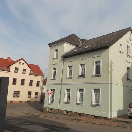 Rent this 3 bed apartment on Lengenfelder Straße 49 in 08064 Zwickau, Germany