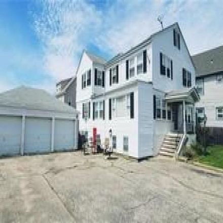Rent this 6 bed house on 29 Woodland Avenue in East Providence, RI 02914