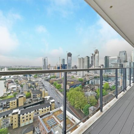 Rent this 1 bed apartment on Horizons Tower in 1 Yabsley Street, London E14 9BH