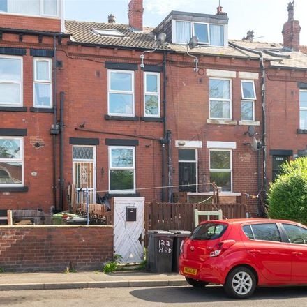 Rent this 1 bed house on Cross Flatts Park Primary School in Harlech Road, Leeds LS11 7DG
