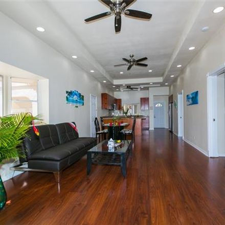 Rent this 1 bed house on 3741 Harding Avenue in Honolulu, HI 96816