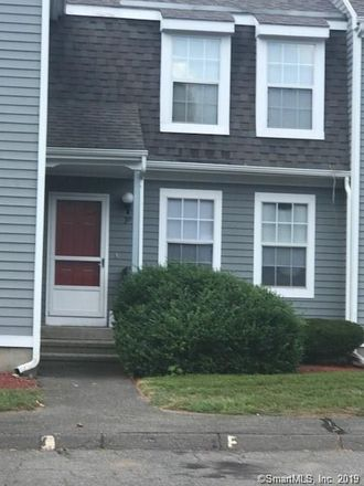 Rent this 2 bed condo on Oakland Street in Central Manchester, CT 06042