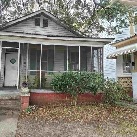Rent this 3 bed house on 912 West 38th Street in Savannah, GA 31415