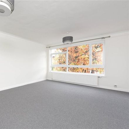 Rent this 2 bed apartment on Tragail in 8 Mercier Road, London SW15 2AN