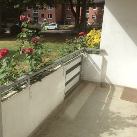Rent this 3 bed apartment on Voßstraße 8 in 47138 Duisburg, Germany