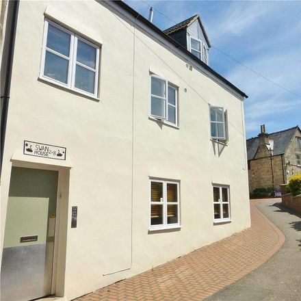 Rent this 1 bed apartment on Wild Boar in 27 High Street, Stroud GL5 1AJ