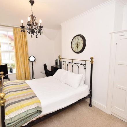 Rent this 2 bed apartment on Red Rose School in Ribble Street, Fylde FY8 2NQ