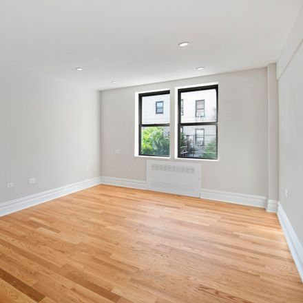 Rent this 2 bed condo on 69 Bennett Avenue in New York, NY 10033
