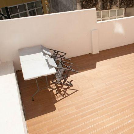 Rent this 2 bed apartment on Escadinhas do Bairro América in 1170-376 Lisbon, Portugal