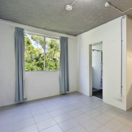 Rent this 1 bed room on 21-23 Palmer Street