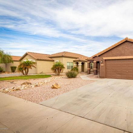 Rent this 3 bed house on W Mesquite Ave in Apache Junction, AZ
