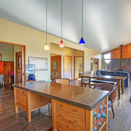 Rent this 3 bed house on Sea Winds Lane in Ocean City, WA