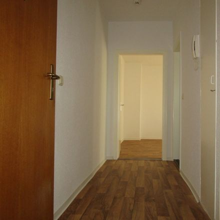 Rent this 2 bed apartment on Röntgenweg in 06667 Weißenfels, Germany