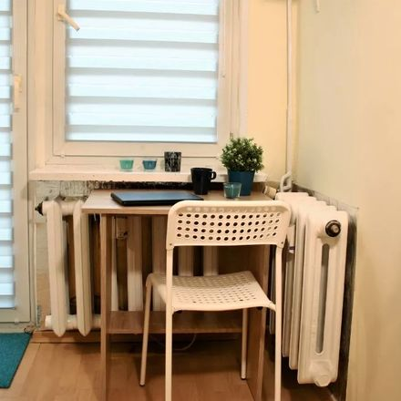 Rent this 5 bed room on Sowińskiego 3 in 40-018 Katowice, Polska