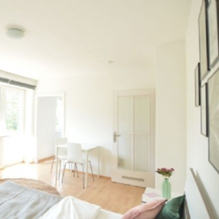 Rent this 1 bed apartment on Westendstraße 78 in 60325 Frankfurt, Germany
