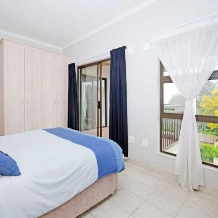 Rent this 2 bed apartment on Boundary Road in Robindale, Johannesburg