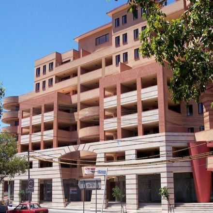 Rent this 2 bed apartment on Unit 6/7-9 Cross Street