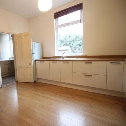 Rent this 3 bed house on Dace Motor Company Ltd in Charlbury Avenue, Stockport