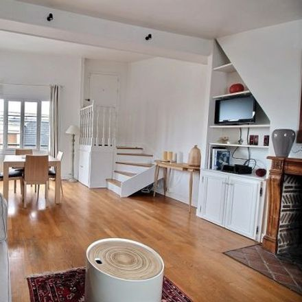Rent this 2 bed apartment on 28 Rue d'Aboukir in 75002 Paris, France