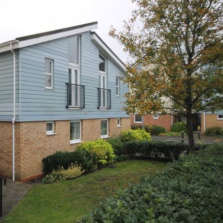 Rent this 1 bed apartment on Follager Road in Rugby CV21 2JF, United Kingdom