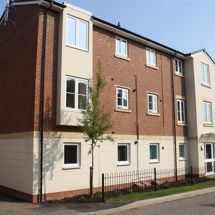 Rent this 2 bed apartment on Hollington House in Dixon Close, Redditch B97 6AP