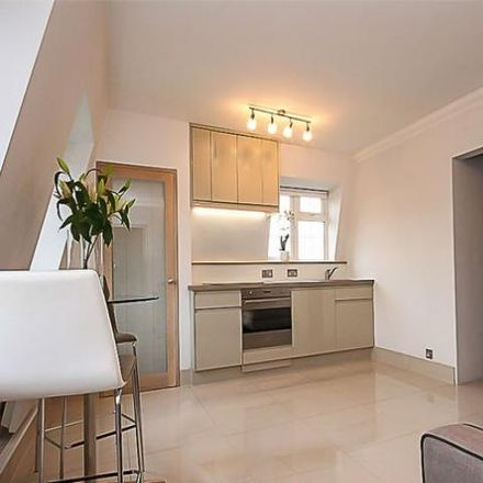 Rent this 1 bed apartment on Chislehurst Golf Course in Camden Park Road, London BR7 5HJ