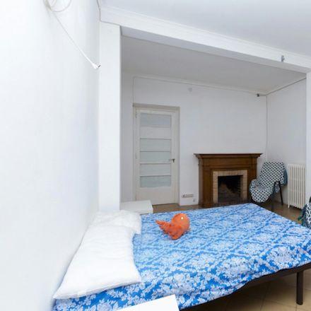 Rent this 7 bed room on Carrer de Còrsega in 358-364, 08037 Barcelona