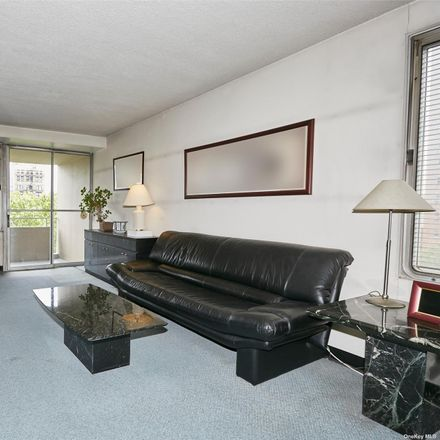 Rent this 1 bed condo on 180 Park Row in New York, NY 10007