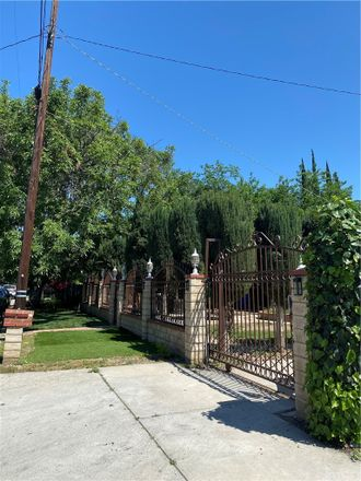 Rent this 6 bed house on Marlin Place in Los Angeles, CA 91406-5441