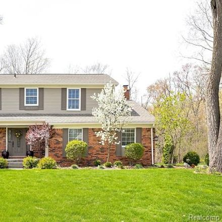 Rent this 4 bed house on 32821 Bassett Woods Ct in Franklin, MI